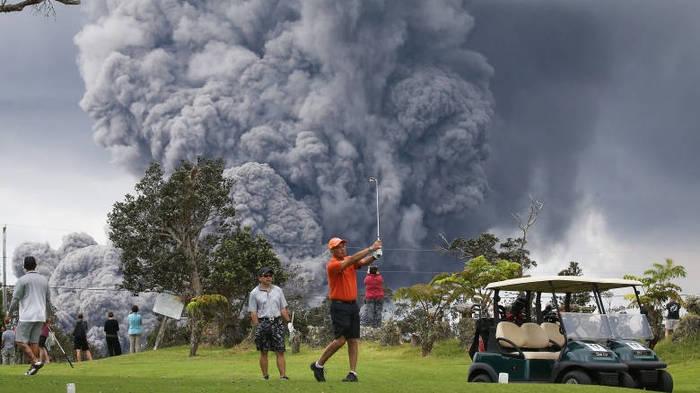 Какое извержение?! У меня гольф по распорядку! гавайи, вулкан, извержение вулкана, Гольф