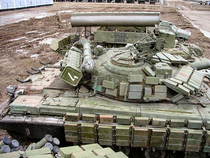 Россия не будет утилизировать почти 6 000 танков, а направит их на продажу всем желающим Танки, Экспорт, Экономика