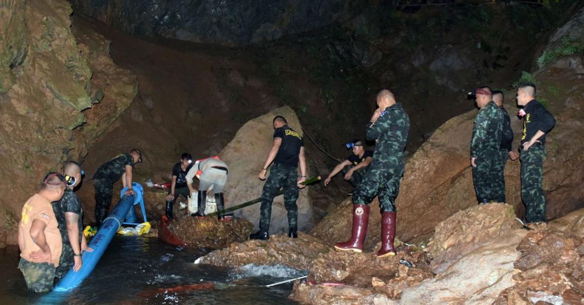 школьники в пещере таиланда