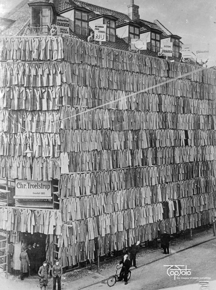 Распродажа по случаю переезда магазина в другое здание, Копенгаген, 1936 год.