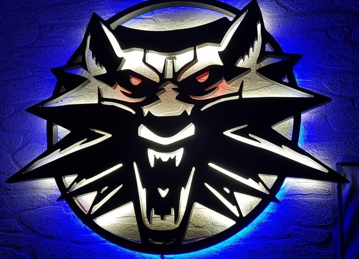 """Ночник """"Ведьмак - Школа волка"""" Ведьмак 3, Геральт из Ривии, Ночник, Длиннопост"""