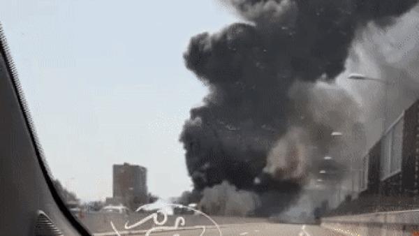 Взрыв после дтп в Италии Италия, ДТП, Взрыв, Гифка, Длиннопост