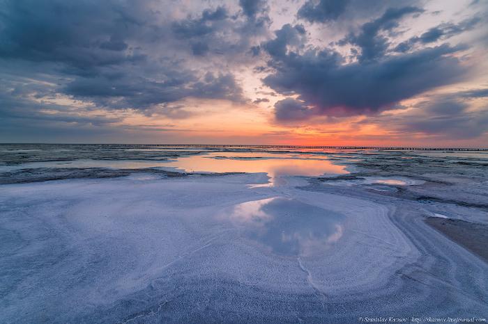 Озеро Баскунчак. Соль, закаты и поезда на воде Озеро, Баскунчак, Природа, Россия, Длиннопост, Соль