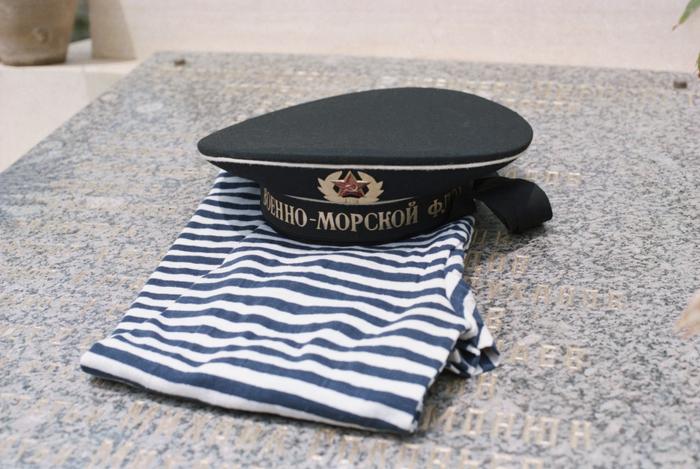 Полоски на этой рубашке были нужны, чтобы обмануть злых духов моря Одежда, Тельняшка, Моряки, История одежды, Флот, Военная форма, Длиннопост