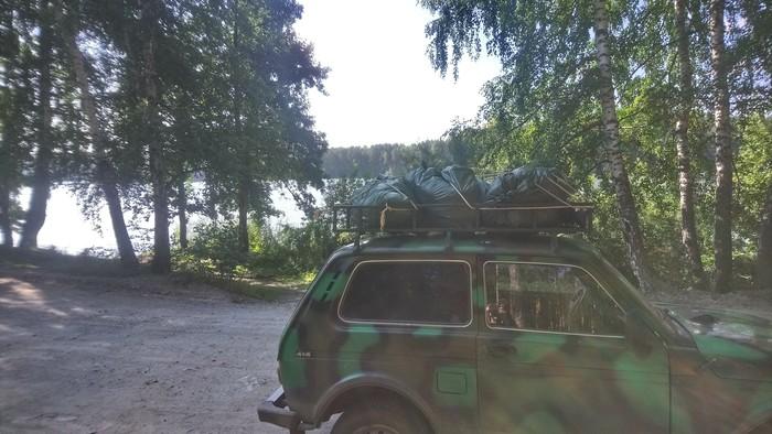 Мусор на озере Инышко Чистомен, Миасс