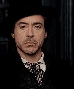 Роберт Дауни-мл. намекает на скорое начало съёмок «Шерлока Холмса 3» Фильмы, Шерлок Холмс 3, Роберт Дауни Младший, Гифка