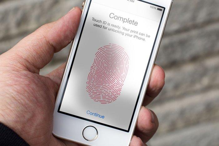 Мобильные мошенники придумали новый способ кражи денег с помощью отпечатков пальцев Мошенники, Отпечатки пальцев, IOS, Apple, Обман, Приложение