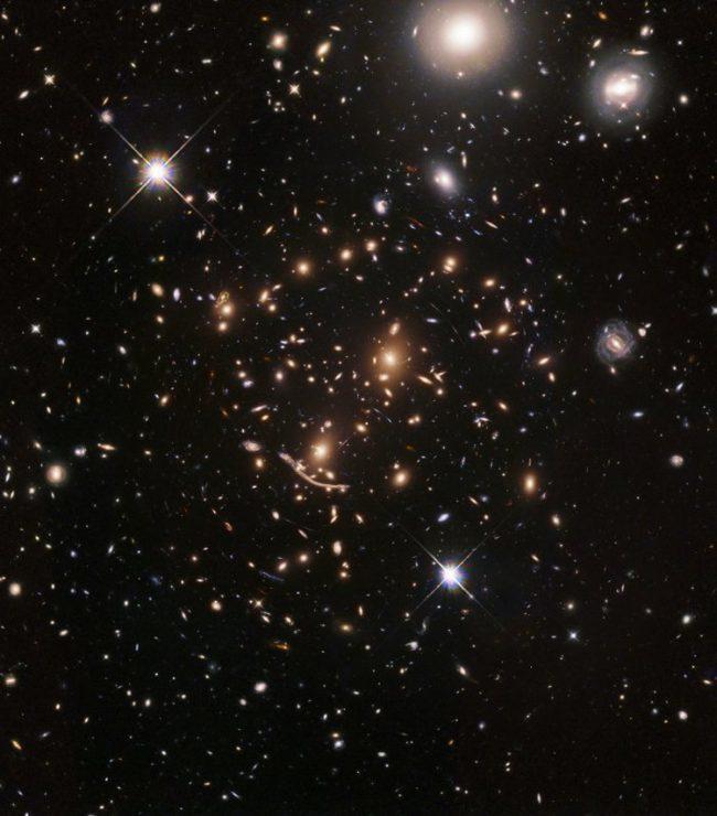 Телескоп «Хаббл» приступил к наблюдению за самыми первыми галактиками Вселенной Космос, Телескоп Хаббл, Галактика, Изучение, Видео, Длиннопост