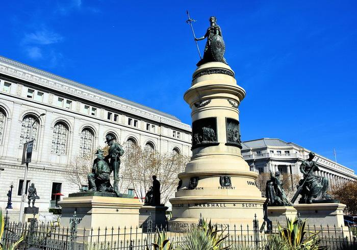 Вот так выглядит «расистский и унизительный» памятник, который суд предписал демонтировать в Сан-Франциско США, Сан-Франциско, Памятник, Демонтаж, Политкорректность