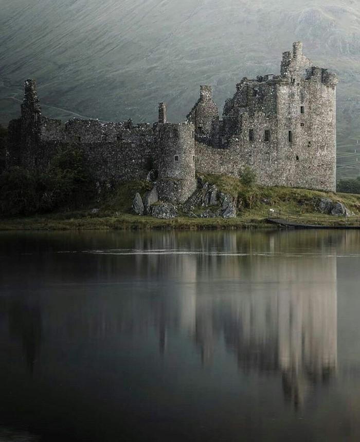 Замок Килхурн, Шотландия. Замок, Шотландия, Старость, Мрачное, Фотография, Красота, Интересное, Заброшенное