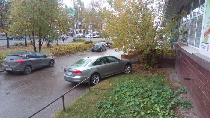Героический Луганск. Неправильная парковка, Беженцы, Длиннопост