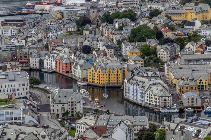 Олесунн, Норвегия. Норвегия, Олесунн