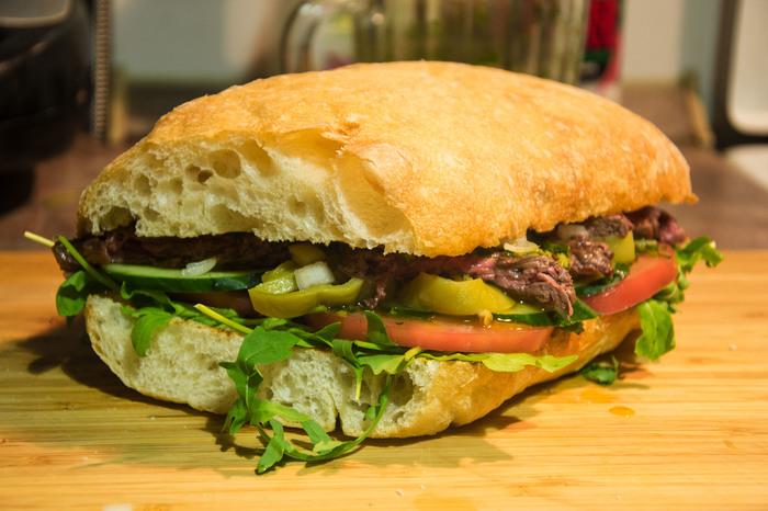 Аргентинский стейк-сэндвич Еда, Рецепт, Бургер, Сэндвич, Мясо, Аргентина, Стейк, Чеснок, Длиннопост