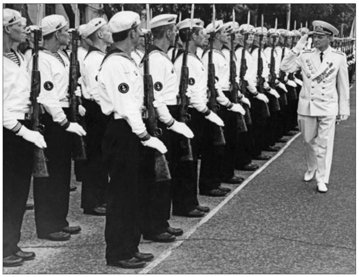 Нестандартная униформа морпехов СССР, Морская пехота, ВМФ СССР, История, Фотография