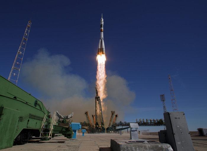 Союз доставит космонавтов на МКС к Рождеству Космос, Союз, МКС