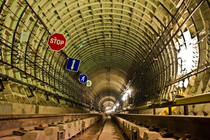 Что такое сигнал «АТОМ», и спасёт ли метро от радиации? Метро, Ядерная война, Москва, Длиннопост