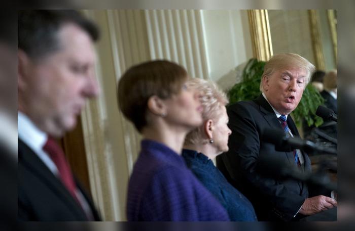 Трамп травмировал президентов стран Балтии, обвинив в начале войны в Югославии и призвав к хорошим отношениям с Россией Политика, Трамп, Прибалтика