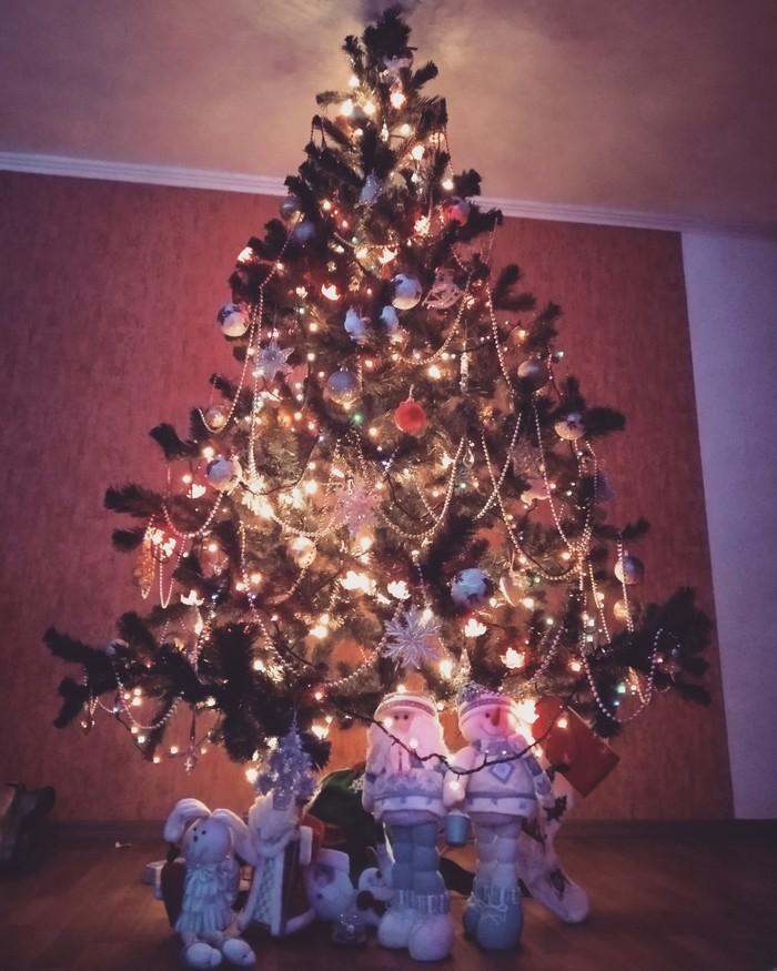 Скоро Новый год Новый Год, Обмен подарками, Новогодняя елка