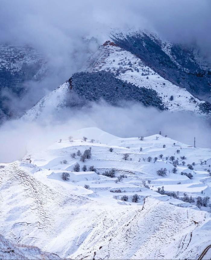 Зима в окрестностях села Чох, республика Дагестан