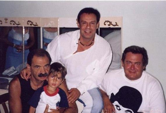 Фотографии известных людей в 90-е годы Фотография, Знаменитости, 90-е, Ностальгия, Интересное, Длиннопост