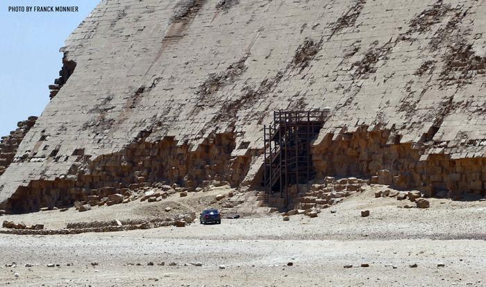 Припарковался Египет, Пирамида, Древний египет, Некрополь, Ломаная пирамида, Дахшур, Franck Monnier