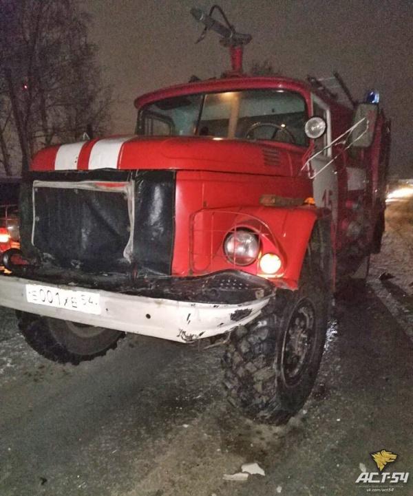 """Последствия ДТП с пожарным автомобилем: """"Девушкам-водителям всё дозволено?"""" Пожарная машина, ДТП, Длиннопост, Беспредел, ДПС, Сотрудники ДПС, Негатив"""