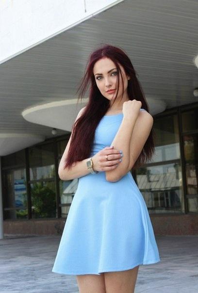 Платье и девушка #158.0