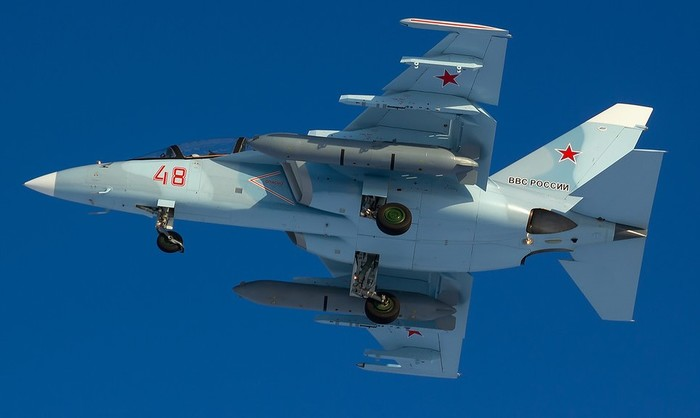 Сборка Як-130 звезда 1/48 (part 2: airbrush and l-39) Моделизм, Авиация, Як-130, Аэрограф, Масштабная модель, Длиннопост