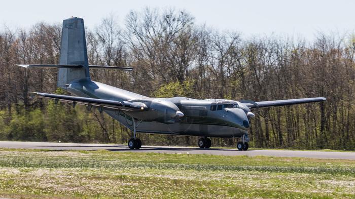 DHC-4T Turbo Caribou - один из редчайших транспортных самолётов короткого взлёта и посадки середины прошлого века. Самолет, Аэропорт, Споттинг, История, Stol, Видео, Длиннопост