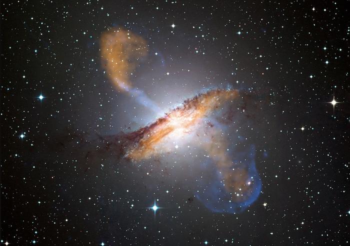 Количество Темной энергии во Вселенной увеличивается Черная дыра, Квазар, Сверхновая, Вселенная, Длиннопост