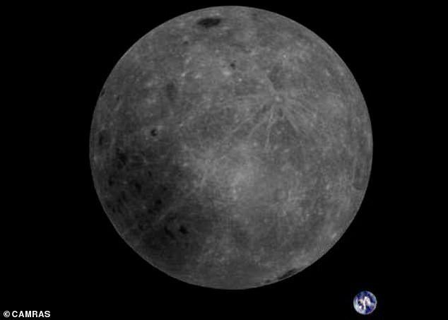 Обратная сторона Луны и планета Земля с борта китайского спутникаLongjiang-2 Луна, Планета Земля, Фотография, Космос, Longjiang-2, Обратная сторона Луны
