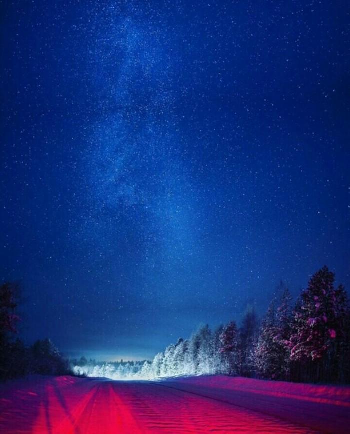 Онежский тракт ночью