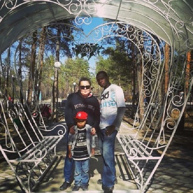 День святого Валентина, необычная семья Бабатунде из Якутии рассказала свою историю любви. Африканцы в Якутии, Якутия, Семья, День святого Валентина, Длиннопост, Фотография