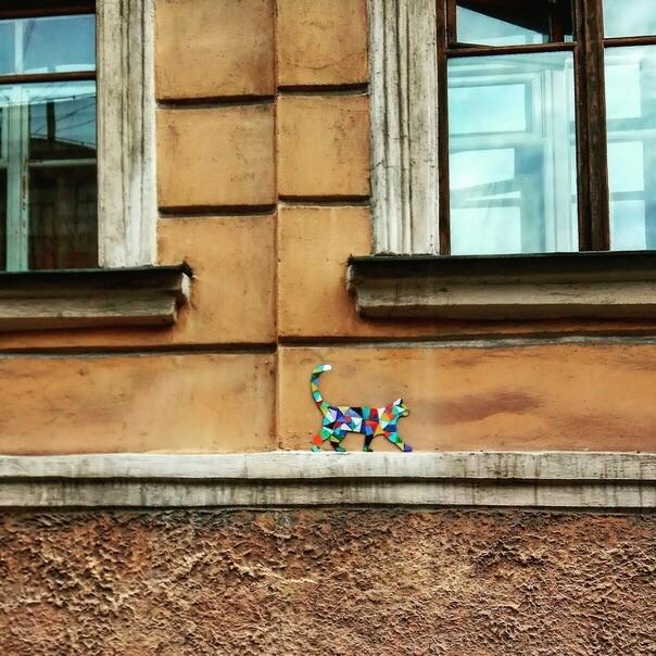Петербурженка Ульяна Шкатова размещает на стенах петербургских домов мозаику Санкт-Петербург, Мозаика, Кот