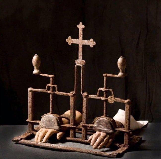 Изобретение христианских священников 15 века История, Христианство, Изобретения, Пытки