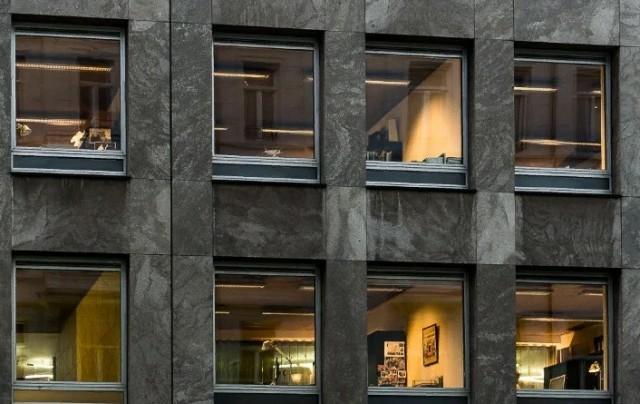 Почему в Швеции запрещены шторы на окнах в квартирах? Швеция, Шторы, Закон, Интересное, Яплакал, Яндекс Дзен, Длиннопост