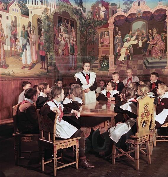 """Дворец пионеров. В комнате сказок. Иваново"""", январь 53-го."""