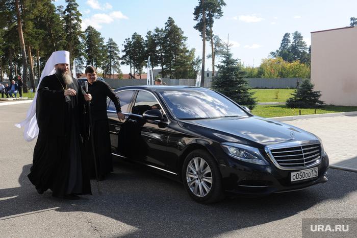 Митрополит объяснил, почему священники должны ездить на дорогих автомобилях Новости, Россия, Авто, Священник, РПЦ, Негатив