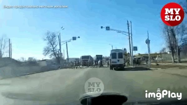 Внезапно #106 ДТП, Тульская область, Пешеходный переход, Внезапно, Фура, Отказали тормоза, Гифка, Видео