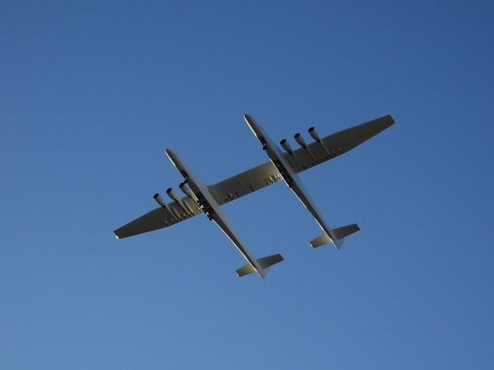 Самый большой самолёт в мире поднялся в небо Самолет, Рекорд, Длиннопост
