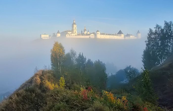 Летающий замок. Тобольск, Кремль, Туман, Россия, Летающий замок, Иллюзия