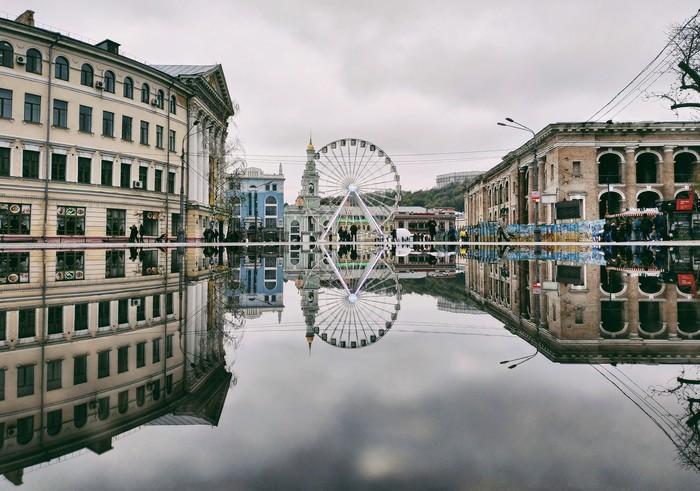 Площадь, лужа Мобильная фотография, Начинающий фотограф, Украина, Фотография