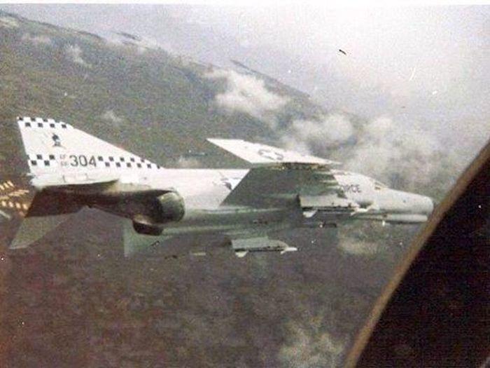На распластанном крыле Самолет, Интересное, Происшествие