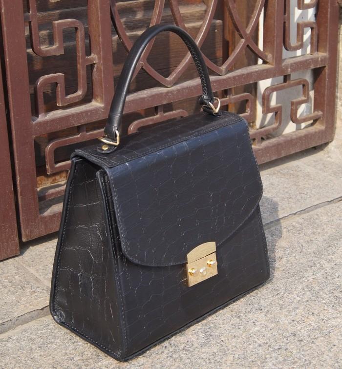 78f4888140e2 Элегантная сумочка из натуральной кожи. Женская сумка, Рукоделие без  процесса, Своими руками,