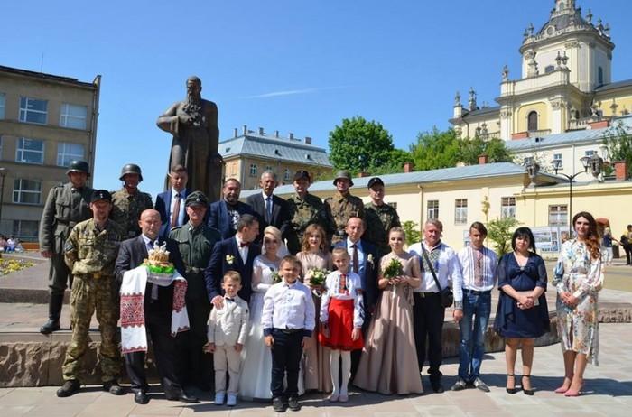 Свадьба во Львове Украина, Политика, Бандеровцы, Нацизм, Свадьба, Фотография, Львов