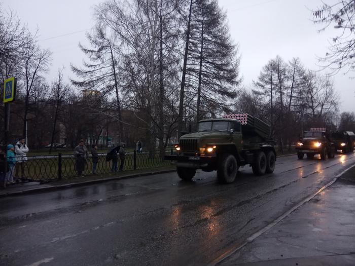А у нас скоро парад Парад, Военные, Песня День Победы, Длиннопост