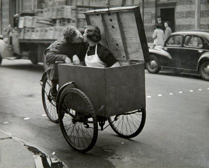 Французский поцелуй первой половины прошлого века Старое фото, Поцелуй, Французский поцелуй, Франция