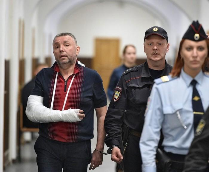 У бывших сотрудников ФСБ изъяли 12 млрд рублей ФСБ, Деньги, Захарченко, Коррупция