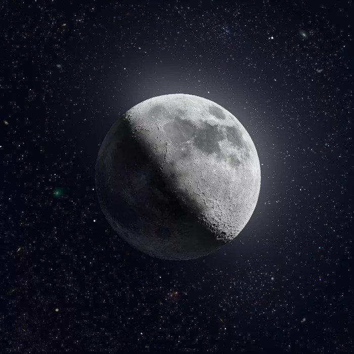 Фотография Луны в высокомразрешении