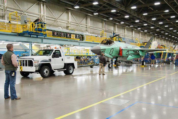 Сборка истребителей F-35 Авиация, f-35, Сборка, Производственная линия, США, Lockheed Martin, Фотография, Длиннопост